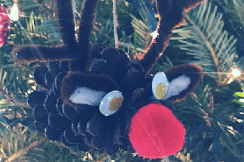 How to make a Pine Cone Ornament