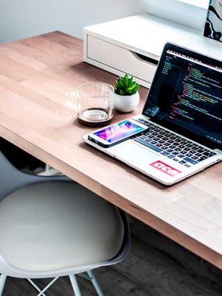 How to add code to the header in wordpress