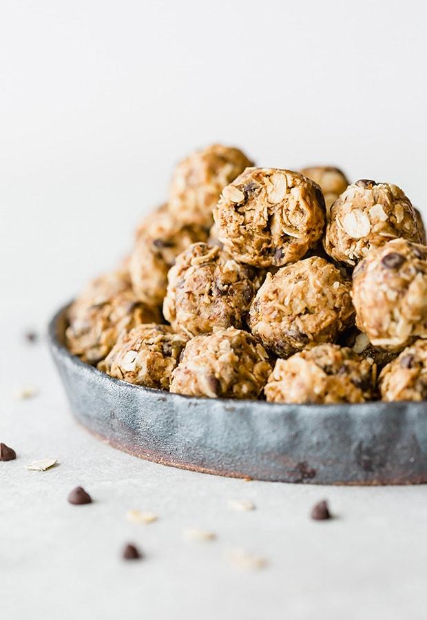 No-Bake Energy Bites (37 calories!)