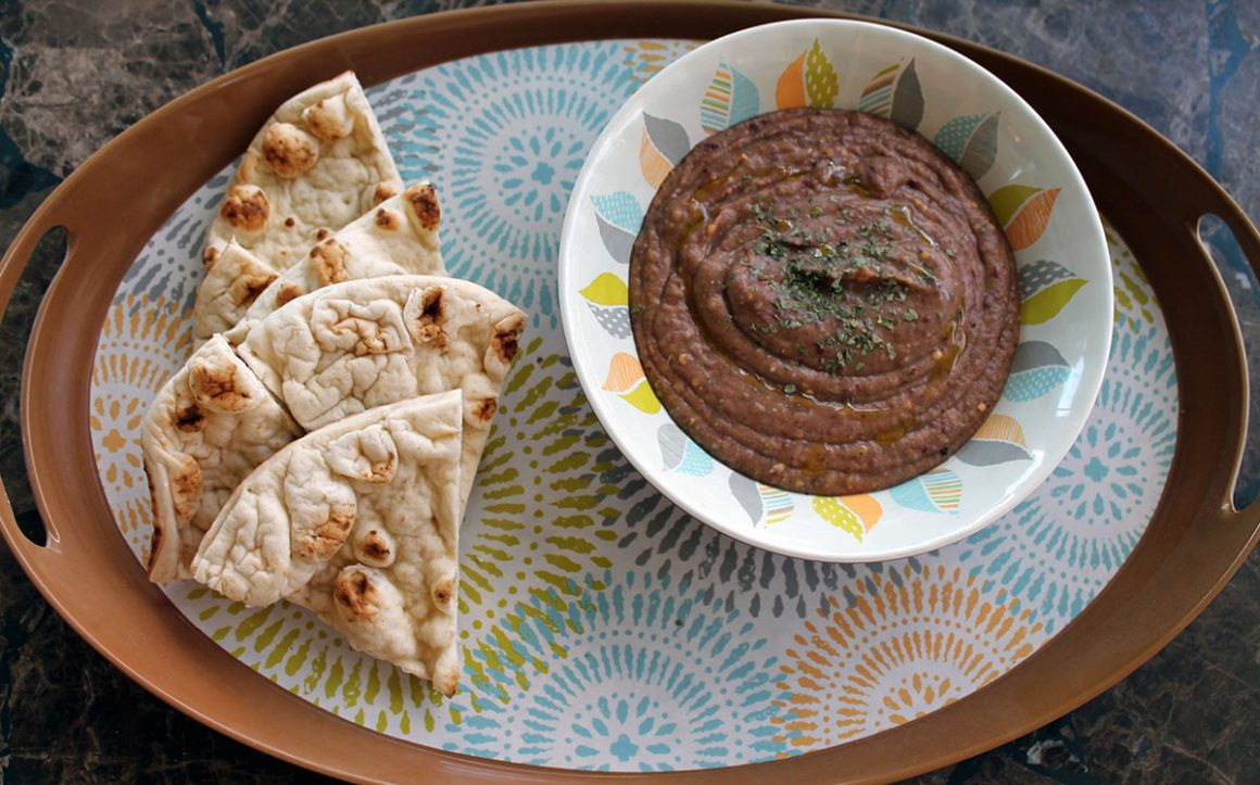 Red Bean Hummus with Extra Virgin Olive Oil